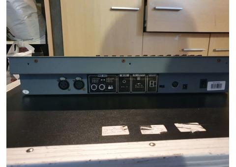 console de lumière 24 canaux