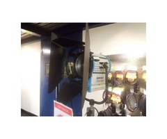 Projecteur LIGHT STAR Fresnel 2000w neuf