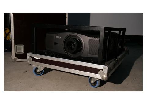 Vidéo Projecteur Sanyo PLC-XF46E