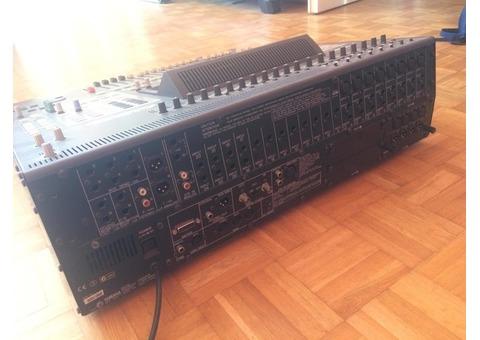 Console YAMAHA 02R Numérique + Carte CD8-AE