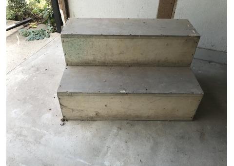 Escalier 2 marches - bois