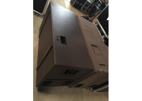 Lot 031: 2 L-Acoustics sb218 Tarif : 2000€ les 2 livraison possible Contact : 0688583401