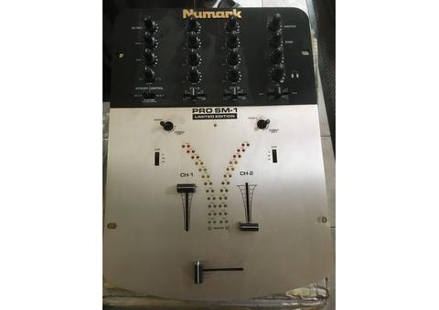 Table de mixage PRO SM1 Limited Numark