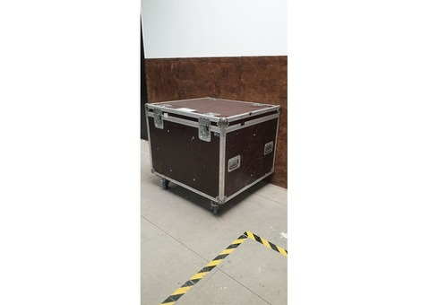 Flight case 93x84x81
