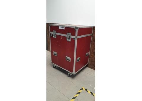 Flight case 88x76x125
