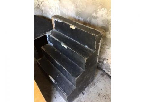 Escalier avant-scène + divers