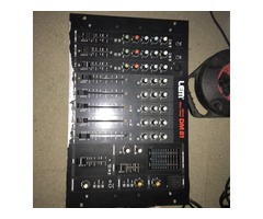 Vend table de mixage DM 81 LEM