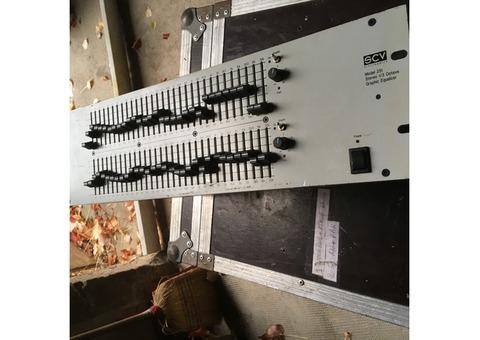Vend égaliseur 2 X 31 bandes SCV Audio