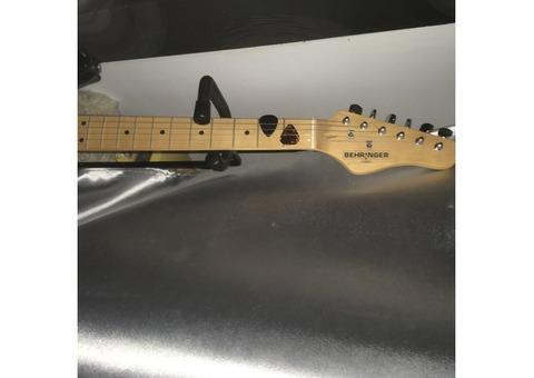 Vend guitare Electrique Benton ST 20LH BK