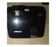 Vend Vidéo-projecteur IN 102 Infocus