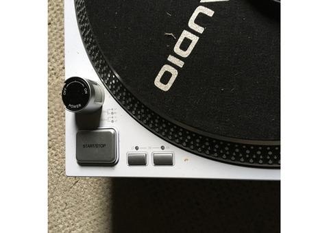 Vend platine Vinyl blanche RP 4000 Reloop