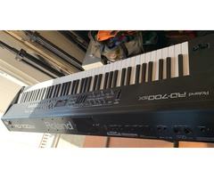 Synthetiseur Roland RD700SX