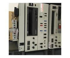 Vend Magnetoscope U MATIC VO 5630