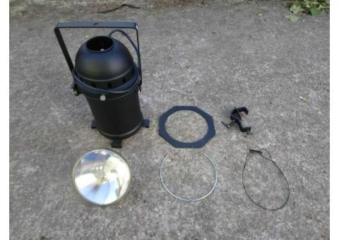 Projecteur lumière PAR 64 SHOWTEC