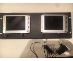 2 Monitors LCD 5,7 pouces
