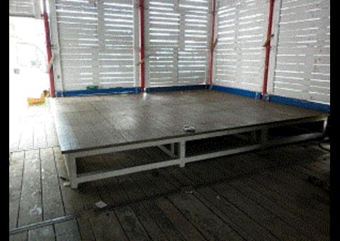 Scène bois 15m2 hauteur 40cm
