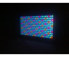Panneau lumière LED multicolore American DJ Mega Panel Led